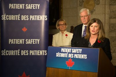 The Honourable Rona Ambrose, Minister of Health, joined by Member of Parliament for Oakville Terence Young, celebrate a major milestone for patient safety in Canada - the passage of new legislation known as Vanessa's Law (the Protecting Canadians from Unsafe Drugs Act).