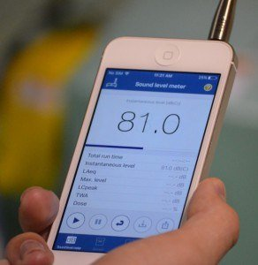 Image of the main screen of the NIOSH SLM app (shown with a MicW i436 external microphone)