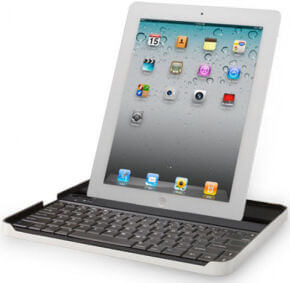 iPad 2 with Logitech Zagg Keyboard Case