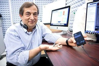 Dr. Issa Panahi, associate professor of electrical engineering in the Erik Jonsson School of Engineering, is part of a UT Dallas research team looking to tap into the power of smartphones to boost the quality of hearing assistive devices. Photo: University of Texas at Dallas