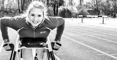 Despite competing in Rio 2016, breaking the world record for the 200m sprint, and becoming World Champion for both the 100m and 200m sprints, Sammi Kinghorn is no stranger to overcoming obstacles in her life. As with most athletes, she works tirelessly to set, achieve and beat her goals and has shared her tips on how to overcome obstacles and achieve your goals.