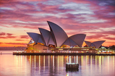 Sydney Opera House, a famous Australian landmark - Photo by Keith Zhu on Unsplash.