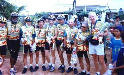 1998 Vietnam Challenge team members. World T.E.A.M. Sports archive photograph.